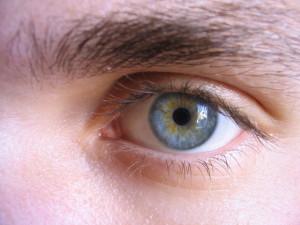 Para la miopía, el límite máximo para poder ser operado están entre 10 y 12 dioptrías